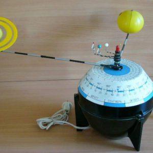 Модель Строение Солнечной системы (электрическая) 2